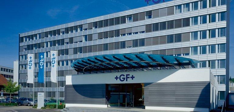 Hauptsitz_von_GF_im_schweizerischen_Schaffhausen._Weltweit_arbeiten_rund_14'000_Mitarbeitende_in_den_drei_Unternehmensgruppen_GF_Automotive,_GF_Piping_Systems_und_GF_Machining_Solutions_für_den_Industriekonzern.