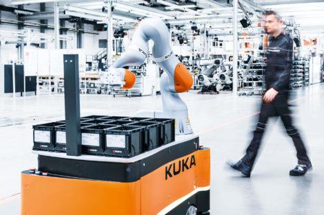 Kuka_mobiler Roboter in der Fertigung